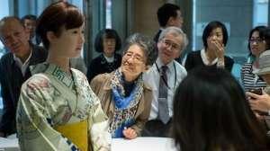 Robot resepsiyon görevlisi Tokyo'da işe başladı