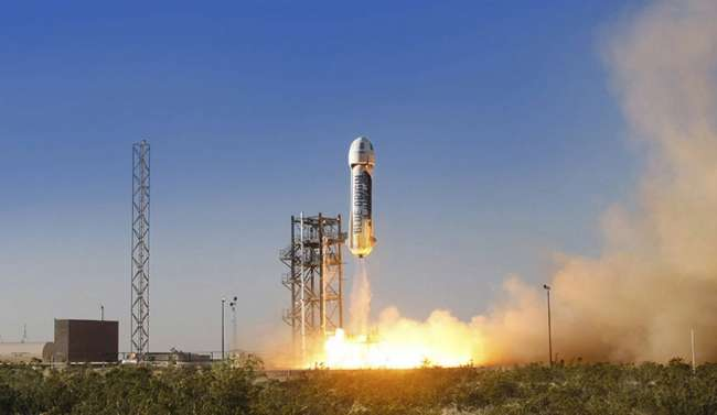 Blue Origin'in roketi 93 km yükseğe uçtu