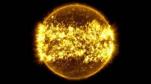 NASA, Güneş'in 1 yıl içindeki değişimini yayınladı