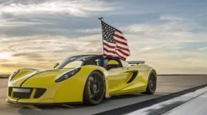 Dünyanın En Hızlı Üstü Açık Arabası 413 Km Hız Yaptı