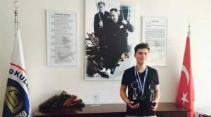 TÜBİTAK mağduru projesiyle 2 ödül birden aldı!