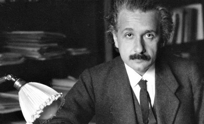 Einstein'ın 5 çılgın düşünce deneyi