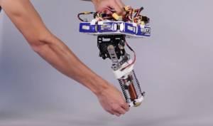 Disney'den Yerinde Duramayan Tek Bacaklı Robot