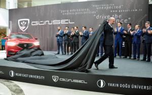 KKTC'nin ilk yerli arabası 'Günsel' tanıtıldı