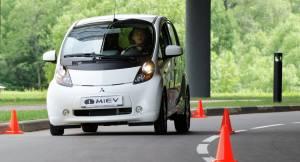 Güney Amerika'nın ilk elektrikli arabası: Sero Electric