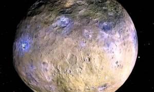 Güneş Sistemi'nin en büyük asteroidi Ceres'in suyla dolu olduğu keşfedildi