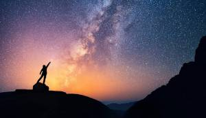 Genişleyen Evren'in Devleri: Galaksiler konferansımız 15 Ocak'ta!