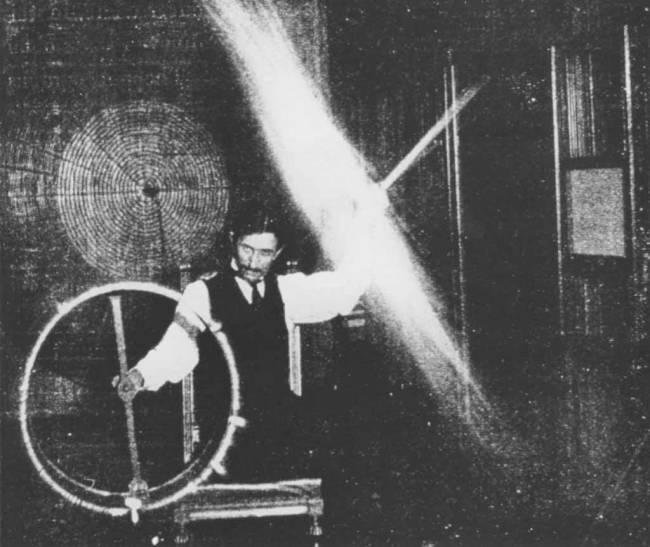 Nikola Tesla'nın Çok Ender Rastlanan 10 Büyüleyici Fotoğrafı