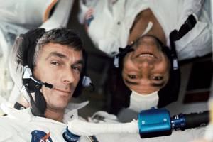 Haftanın Özeti: Eugene Cernan'ın Ölümü, Ay'ın gerçek yaşı