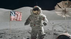 Ay'da Yürüyen Son İnsan Hayatını Kaybetti