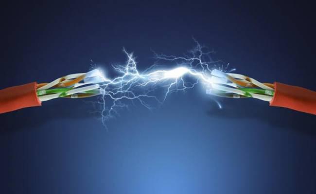 Elektrik Kıvılcımı Neden Mavidir?