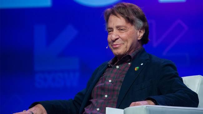 """Ray Kurzweil: """"Teknolojik Tekillik 2045 Yılında Gerçekleşecek"""""""