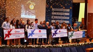 Yıldızlı Projelerde Ödüller Sahilerini Buldu